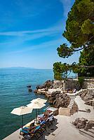 Croatia, Kvarner Gulf, Opatija: 4-stars-Hotel 'Kvarner', private beach | Kroatien, Kvarner Bucht, Opatija: Privatstrand des 4-Sterne-Hotels 'Kvarner' an der Opatija Riviera