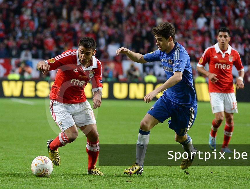 Benfica Lissabon - Chelsea FC : Eduardo Salvio and Oscar (r).foto DAVID CATRY / Nikonpro.be