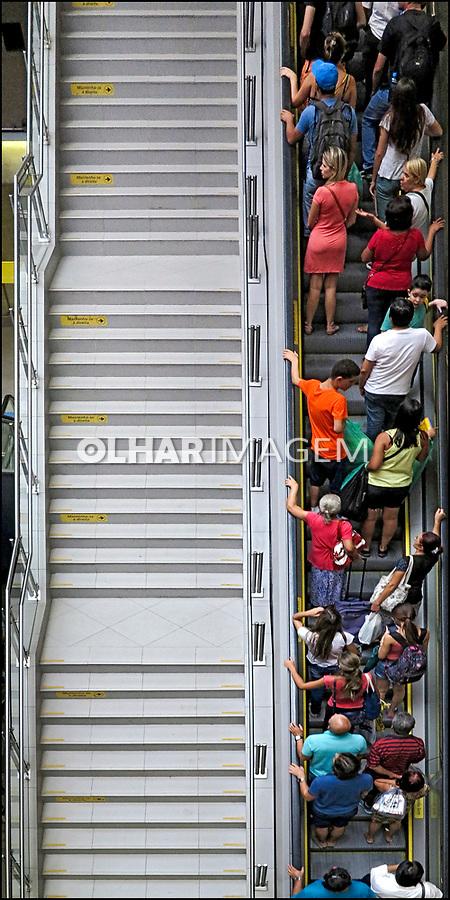 Estaçao Butanta do Metro. Sao Paulo. 2017. Foto de Juca Martins.