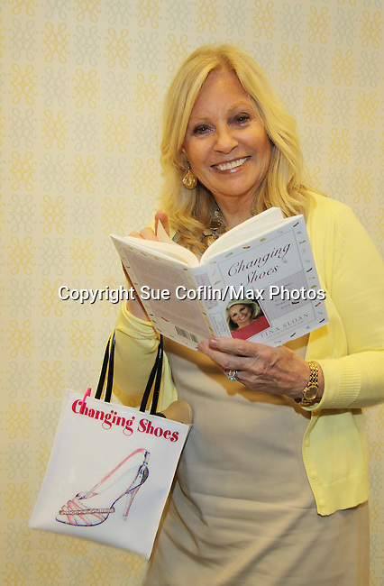 Guiding Light's Tina Sloan with her new book Changing Shoes appears at Barnes & Noble on September 30, 2010 at Smith Haven Mall n Lake Grove, New York store for a reading, talk and book signing. (Photo by Sue Coflin/Max Photos