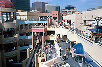 Jon Jerde: Horton Plaza Shopping Center, San Diego. Panorama 1985.  (Photo '85)