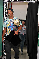ATENÇÃO EDITOR: FOTO EMBARGADA PARA VEÍCULOS INTERNACIONAIS SÃO PAULO,SP,03 DEZEMBRO 2012 - BOLA DE PRATA 2012 - Ronaldinho Gaucho do Atletico  durante a 43ª edição da Bola de Prata, premiação mais tradicional do futebol brasileiro.FOTO ALE VIANNA - BRAZIL PHOTO PRESS.