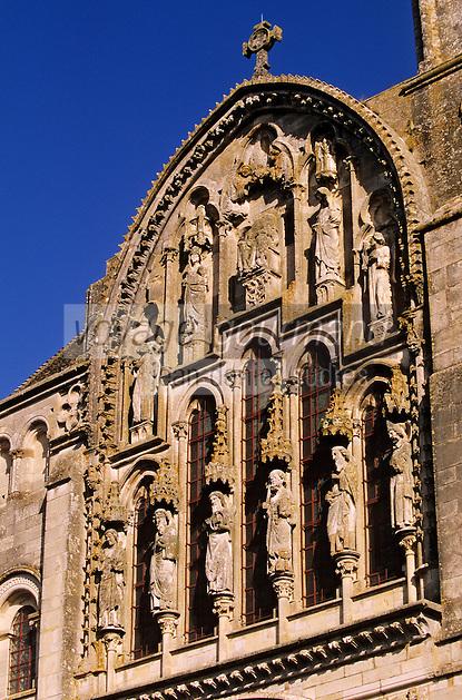 Europe/France/89/Yonne/Vézelay: Basillique Ste Madeleine - Détail de la façade