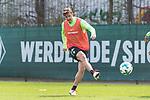 11.04.2018, Trainingsgelaende, Bremen, GER, 1.FBL, Training SV Werder Bremen<br /> <br /> im Bild<br /> Max Kruse (Werder Bremen #10), <br /> <br /> Foto &copy; nordphoto / Ewert
