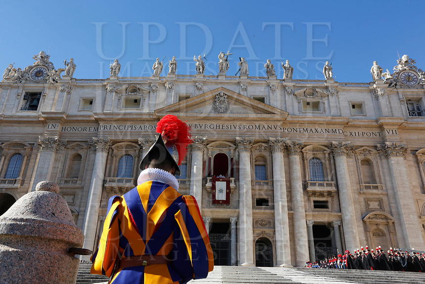 Pope Francis delivers the Urbi et Orbi (In Latin 'to the city and to the world' ) Christmas' day blessing from the central loggia of St. Peter's Basilica at the Vatican, December 25, 2018.<br /> UPDATE IMAGES PRESS/Riccardo De Luca<br /> <br /> STRICTLY ONLY FOR EDITORIAL USE