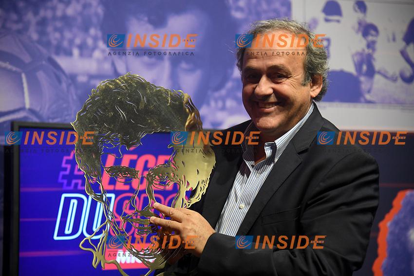 Michel Platini, l'un des plus grands joueurs de l'histoire du football mondial est invite au Musee National du Sport a Nice pour un hommage le consacrant en tant que premiere Legende du sport , distinction honorifique, reservee aux plus grands sportifs francais.