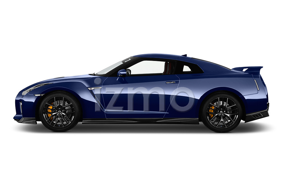 Car Driver side profile view of a 2017 Nissan GT-R Black-Edition 2 Door Coupe Side View