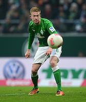 FUSSBALL   1. BUNDESLIGA   SAISON 2012/2013    22. SPIELTAG SV Werder Bremen - SC Freiburg                                16.02.2013 Kevin De Bruyne (SV Werder Bremen) Einzelaktion am Ball