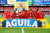 CALI- COLOMBIA - 23 - 07 - 2017: Formación del América de Cali ante La Equidad.Acción de juego entre los jugadores del América de Cali y La Equidad  durante partido entre América de Cali  y  La Equidad, de la fecha 4 por la Liga Aguila II 2017 en el estadio Pascual Guerrero de Cali. / Team of America de Cali agaisnt Equidad,Action game between   players of America de Cali  and the  Equidad , during a match of the date 4nd for the Liga Aguila II 2017 at the Pascual Guerrero Stadium in Cali city. Photo: VizzorImage  / Nelson Rios  / Cont.