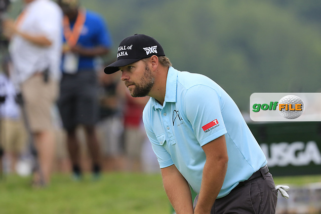 Ryan Moore (USA) on the 2nd green during Friday's Round 1 of the 2016 U.S. Open Championship held at Oakmont Country Club, Oakmont, Pittsburgh, Pennsylvania, United States of America. 17th June 2016.<br /> Picture: Eoin Clarke | Golffile<br /> <br /> <br /> All photos usage must carry mandatory copyright credit (&copy; Golffile | Eoin Clarke)