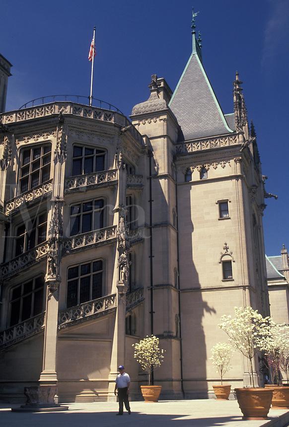 AJ2649, Biltmore, Asheville, Biltmore House, chateau, Biltmore Estate, North Carolina, The Biltmore House a French Renaissance-style chateau at the Biltmore Estate in Asheville in the state of North Carolina.