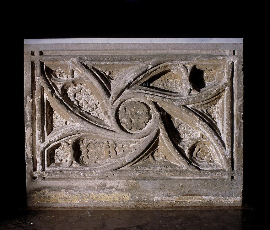 Palermo, Magione basilica, high altar 15th century.<br /> Palermo, basilica della Magione, altare XV sec.