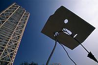 Spanien, Katalonien, Barcelona, olympisches Viertel, Plastik vor Hotel Arts
