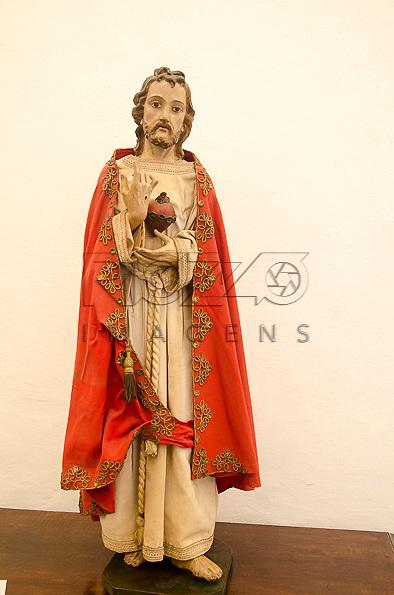 Coração de Jesus, século XVIII, madeira policromada e tecido. Acervo do Museu de Arte Sacra de São Paulo, São Paulo - SP, 02/2013.