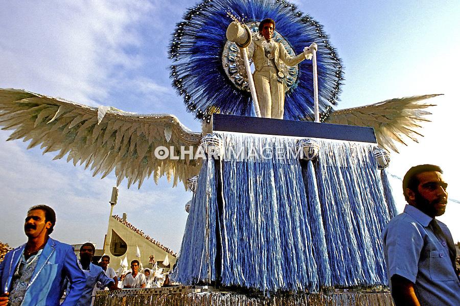 Desfile de carnaval da Portela, Rio de Janeiro. 1985. Foto de Juca Martins.