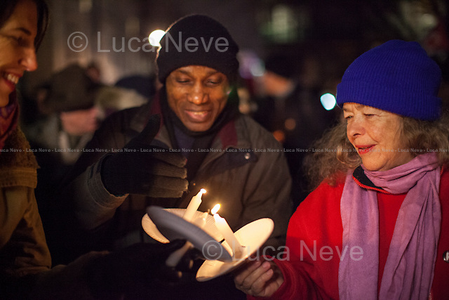 London, 03/11/2014. Today, the &quot;Cuba Solidarity Campaign UK&quot; supported by Ken Gill Memorial Fund held a candlelight vigil outside the US Embassy in London to mark the 16th anniversary of the arrest of the Miami Five (For more information please click here: http://bit.ly/1ygKBhG &amp; http://bit.ly/1zlqMTF). Numerous speakers from the British and international labour movement attended, amongst others the Doctor Aleida Guevara March, daughter of Ernesto &quot;Che&quot; Guevara de la Serna, Comandante of the Cuban Revolution.<br /> <br /> For more information please click here: http://www.cuba-solidarity.org.uk/