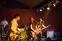 Ian Rilen and The Love Addicts performing at The Pub, Bendigo, 16 July 2006