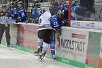 Brett Festerling (Nr.2, Thomas Sabo Ice Tigers) checkt Greg Mauldin (Nr.20, ERC Ingolstadt).<br /> <br /> ERC Ingolstadt - Thomas Sabo Ice Tigers beim Spiel in der DEL, ERC Ingolstadt (blau) - Nuernberg Ice Tigers (weiss).<br /> <br /> Foto &copy; PIX-Sportfotos *** Foto ist honorarpflichtig! *** Auf Anfrage in hoeherer Qualitaet/Aufloesung. Belegexemplar erbeten. Veroeffentlichung ausschliesslich fuer journalistisch-publizistische Zwecke. For editorial use only.