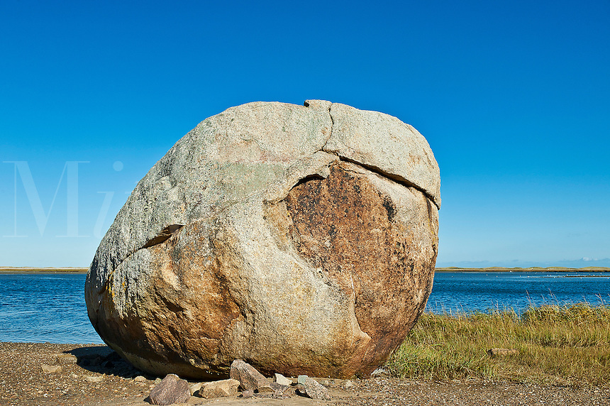 Huge coastal boulder, Nauset Harbor, Orleans, Cape Cod, Massachusetts, USA