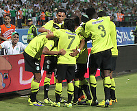 MEDELLIN -COLOMBIA- 15 -12-2013. Duque jugador del  Atletico Nacional  celebra su gol contra el Deportivo Cali  , partido de vuelta correspondiente  a la Final de la  Liga  Postobon-2 ,estadio Atanasio Girardot /Duque player of Atletico Nacional player celebrates his goal against Deportivo Cali, leg corresponding to the final of the League Postobon-2, Atanasio Girardot stadium.Photo: VizzorImage / Felipe Caicedo / Staff