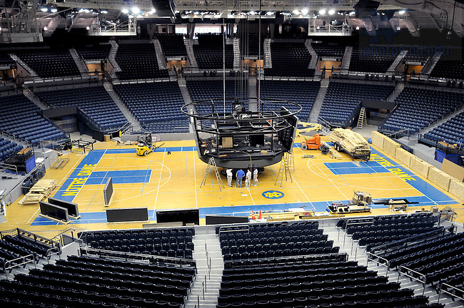 Sept. 8, 2010; Construction of the new scoreboard in the Purcell Pavilion...Photo by Matt Cashore/University of Notre Dame