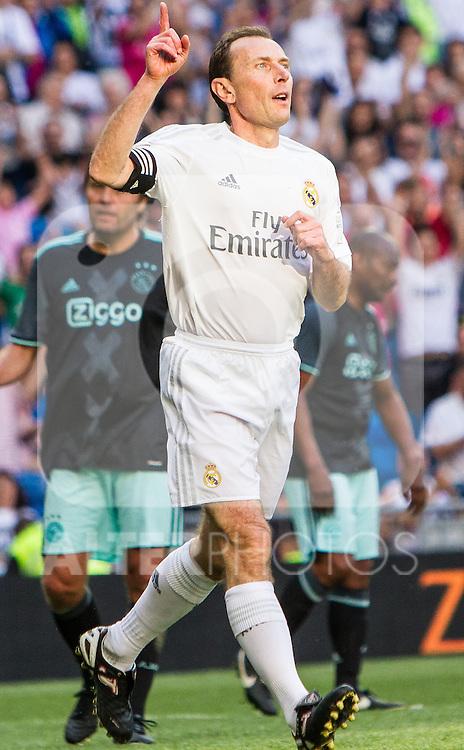 Emilio Butrageno during the Corazon Classic Match 2016 at Estadio Santiago Bernabeu between Real Madrid Legends and Ajax Legends. Jun 5,2016. (ALTERPHOTOS/Rodrigo Jimenez)