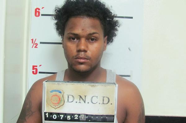 Carlos Luis Pinales, extraditado a Estados Unidos donde está acusado de asesinar su pareja en Carolina del Sur. FE