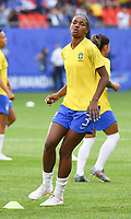 20190618 - VALENCIENNES , FRANCE : Brazilian Daiane pictured during the female soccer game between Italy  and Brazil  , the third game for both teams in group C during the FIFA Women's  World Championship in France 2019, Tuesday 18 th June 2019 at the Stade du Hainaut Stadium in Valenciennes , France .  PHOTO SPORTPIX.BE | DIRK VUYLSTEKE