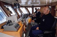 """Europe/France/Bretagne/29/Finistère/Audierne: Le poste de pilotage de """"l'Enez Sun"""" bateau pour l'île de Sein"""