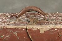 Willard Suitcases / Emmet M / ©2014 Jon Crispin