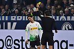 17.01.2020, VELTINS-Arena, Gelsenkirchen, GER, DFL, 1. BL, FC Schalke 04 vs Borussia Moenchengladbach, DFL regulations prohibit any use of photographs as image sequences and/or quasi-video<br /> <br /> im Bild / picture shows / Deniz Aytekin (SR) (Schiedsrichter, referee), gibt Lars Stindl (#13, Borussia Moenchengladbach) Gelb / gelbe Karte  <br /> <br /> Foto © nordphoto/Mauelshagen