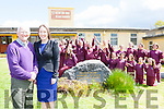 Leona Twiss Principal and Kieran Fleming Chairman of the board of management and the children at Muire Gan Smal Castleisland Presentation school celebrate receiving the grant for the three class extension to the school which was first opened in 1846