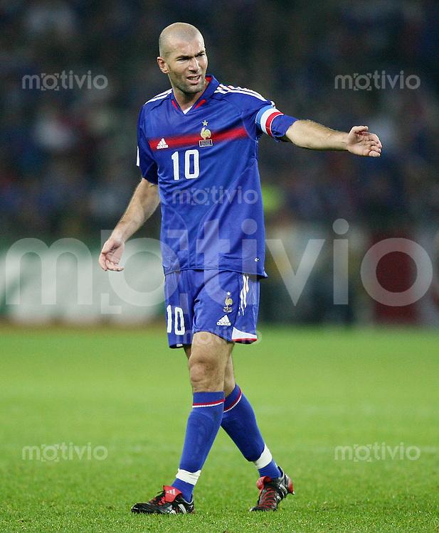 Fussball International WM Qualifikation Schweiz 1-1 Frankreich Zinedin Zidane (FRA)