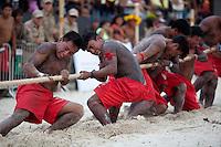 IV Jogos Tradicionais  Indígenas do Pará.<br /> <br /> Assurini do Tocantins.<br /> <br /> Quinza etnias participam dos  IV Jogos Indígenas, iniciados neste na íntima sexta feira. Aikewara (de São Domingos do Capim), Araweté (de Altamira), Assurini do Tocantins (de Tucuruí), Assurini do Xingu (de Altamira), Gavião Kiykatejê (de Bom Jesus do Tocantins), Gavião Parkatejê (de Bom Jesus do Tocantins), Guarani (de Jacundá), Kayapó (de Tucumã), Munduruku (de Jacareacanga), Parakanã (de Altamira), Tembé (de Paragominas), Xikrin (de Ourilândia do Norte), Wai Wai (de Oriximiná). Participam ainda as etnias convidadas - Pataxó (da Bahia) e Xerente (do Tocantins).<br /> Mais de 3 mil pessoas lotaram as arquibancadas da arena de competição.<br /> Praia de Marudá, Marapanim, Pará, Brasil.<br /> Foto Paulo Santos<br /> 76/09/2014