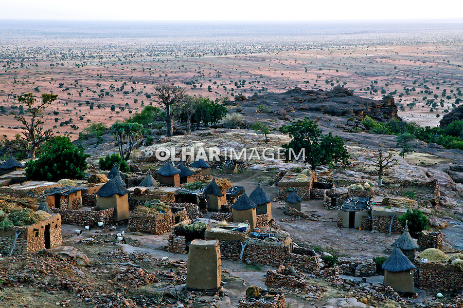 Vilarejo africano Dourou em pays Dogon. Segou. Mali. 2010.  Foto de Caio Vilela.