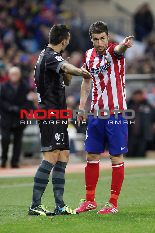 Atletico de Madrid¬¥s Gabi (R) and  Levante¬¥s during La Liga 2013-14 match at Vicente Calderon stadium, Madrid. December 21, 2013. Foto © nph / Victor Blanco)