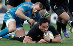 Rugby: test match Italia vs Nuova Zelanda. Roma, stadio Olimpico, 17 novembre 2012..New Zealand's Hosea Gear, bottom, in action during an international rugby test match between Italy and New Zealand at Rome's Olympic stadium, 17 November 2012..UPDATE IMAGES PRESS/Riccardo De Luca