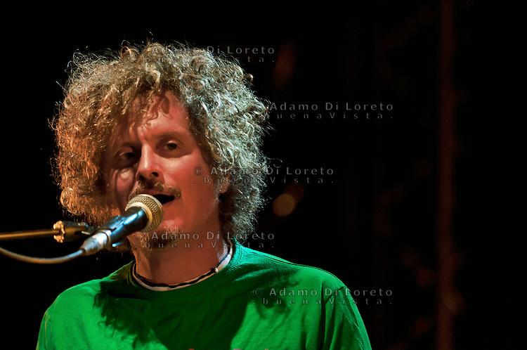 Pescara 2010: Concerto di fine estate con il cantautore romano Niccolò Fabi
