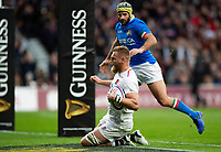 Brad Shields of England scores a try in the first half. Guinness Six Nations match between England and Italy on March 9, 2019 at Twickenham Stadium in London, England. Photo by: Patrick Khachfe / Onside Images