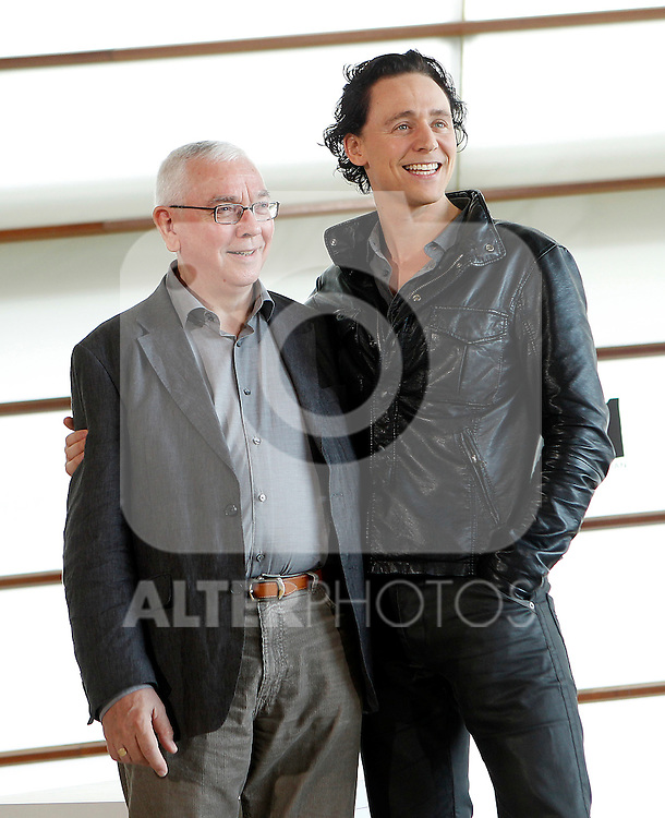 Director Terence Davies (L) and actor Tom Hiddleston (R) attend 'The Deep Blue Sea' photocall at the Kursaal Palace during the 59th San Sebastian Donostia International Film Festival - Zinemaldia.September 19,2011.(ALTERPHOTOS/ALFAQUI/Acero)