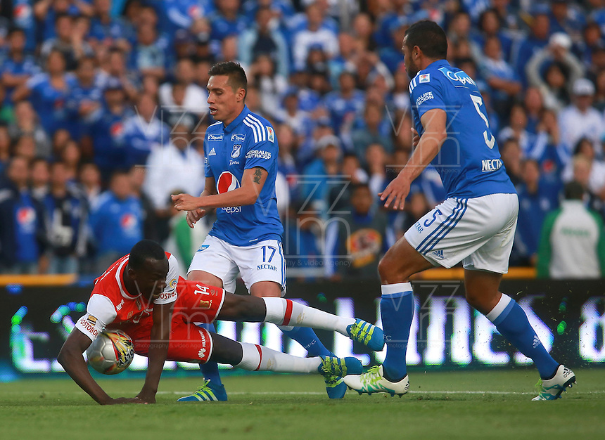 BOGOTA -COLOMBIA, 09-07-2016. Millonarios e Independiente Santa Fe en partido por la fecha 2 de la Liga Aguila II 2016 jugado en el estadio Nemesio Camacho El Campin de la ciudad de Bogota./ Millonarios and Independiente Santa Fe in match for the date 2 of the Liga Aguila II 2016 played at the Nemesio Camacho El Campin Stadium in Bogota city . Photo:VizzorImage / Ivan Valencia / Contribuidor