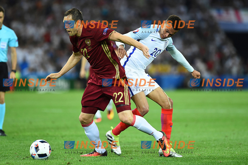 Artem Dzyuba Russia, Dele Alli England <br /> Marseille 11-06-2016 Stade Velodrome football Euro2016 England - Russia  / Inghilterra - Russia Group Stage Group B. Foto Massimo Insabato / Insidefoto