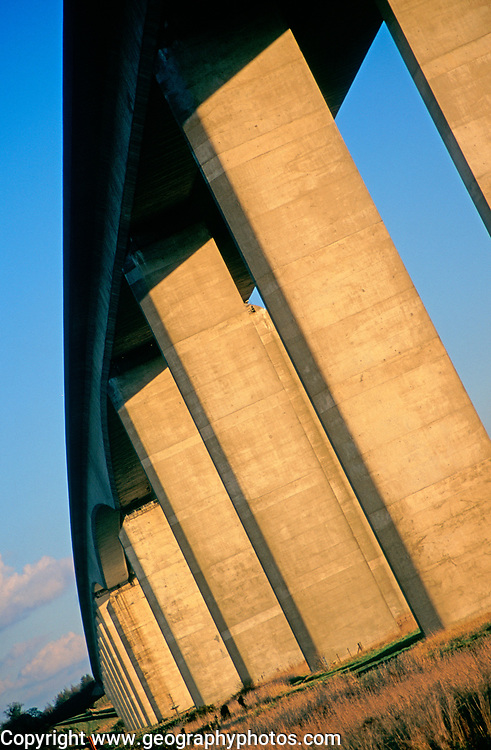 A753W6 Orwell bridge concrete support columns Suffolk England