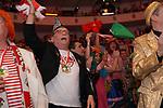 27. 02.2019, Maritim Hotel , Koeln,  GER, Karnevalssitzung des 1. FC Koeln , <br /> <br /> im Bild / picture shows: <br /> ausgelassene Stimmung beim singen der Hymne des FC <br /> <br /> Foto © nordphoto / Meuter