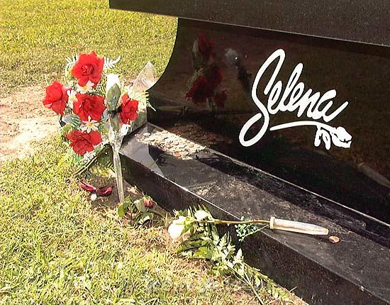 Selena memorial story<br />