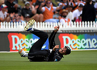 Tim Southee catches Mohammad Hafeez  during the One Day International cricket match between the NZ Black Caps and Pakistan at the Basin Reserve in Wellington, New Zealand on Saturday, 6 January 2018. Photo: Dave Lintott / lintottphoto.co.nz