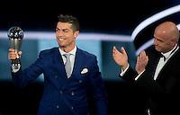 Zurigo 09-01-2017 FIFA Football Awards - Cristiano Ronaldo (POR), player of the year, men, and FIFA President Gianni Infantino during the Best FIFA Football Awards 2016 in Zurich<br /> Foto Steffen Schmidt/freshfocus/Insidefoto