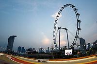 CINGAPURA, CINGAPURA, 22 SETEMBRO 2012 - F1 - GP SINGAPURA - O piloto britanico Jenson Button da equipe McLaren, durante treino livre para o GP de Cingapura de Fórmula 1, em Cingapura, neste sabadp.22. (FOTO: PIXATHLON / BRAZIL PHOTO PRESS).