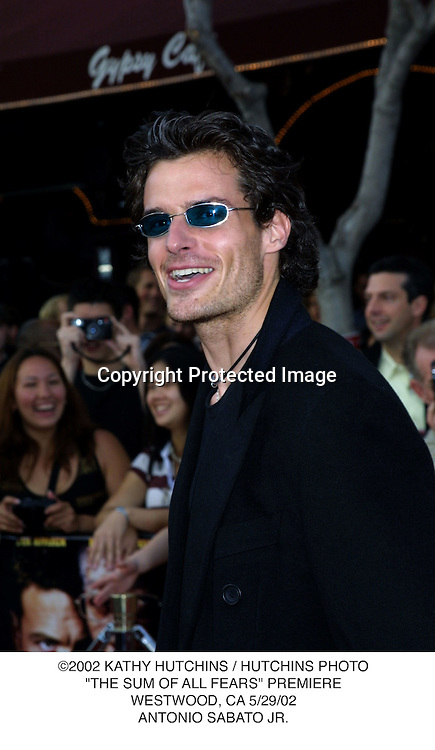 "©2002 KATHY HUTCHINS / HUTCHINS PHOTO.""THE SUM OF ALL FEARS"" PREMIERE.WESTWOOD, CA 5/29/02.ANTONIO SABATO JR."
