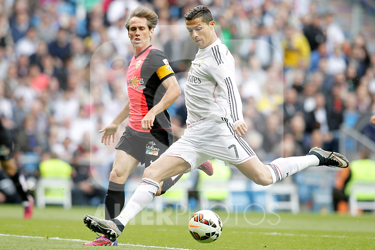 Real Madrid's Cristiano Ronaldo (r) and Almeria's Corona during La Liga match. April 29,2015. (ALTERPHOTOS/Acero)